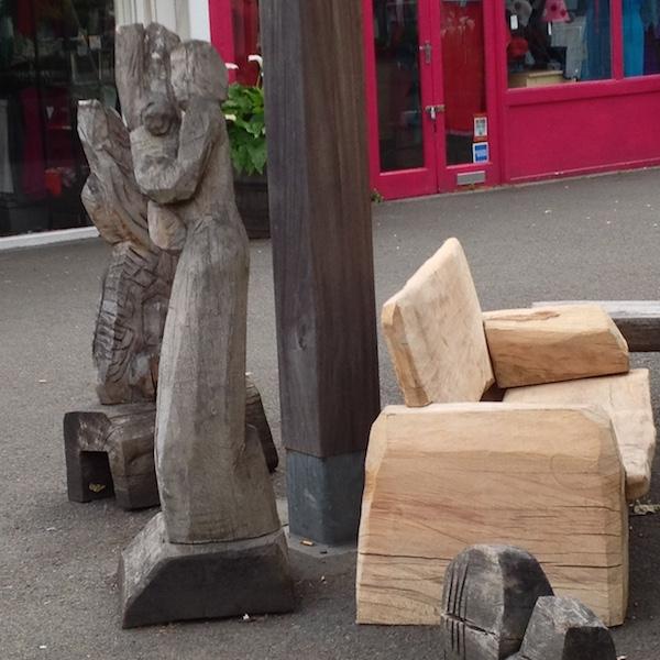 A sculptured seat in Gabriel's Wharf