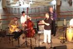 Tradicional Cubano featuring Javier Zalba