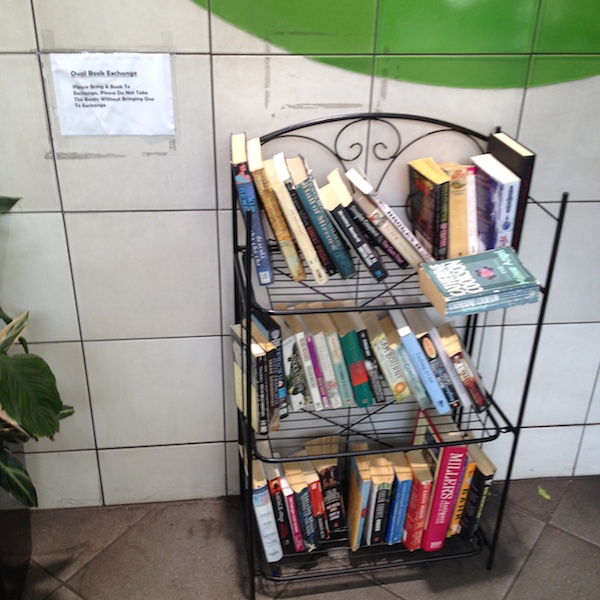 Clever quotes that will help you travel on the Tube - Mini library
