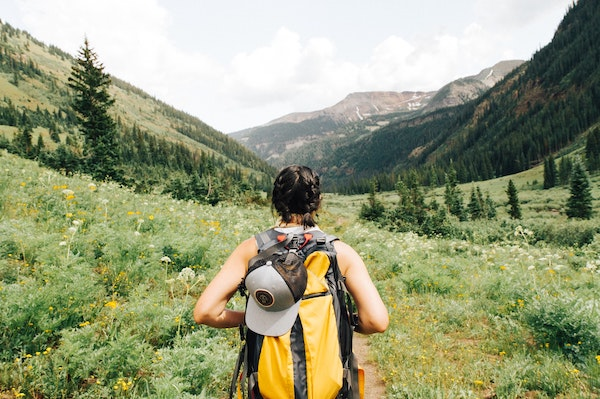 Travel Light On Your First Hike By Only Taking These Essentials. Photo credit @hollymandarich
